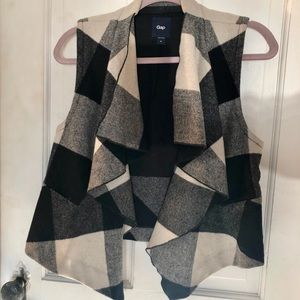 Black and white checkered wool Gap vest